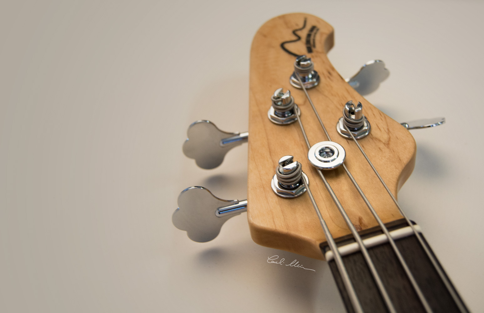NGIN electric Bass Matinheikki Instruments